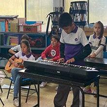 mejor-colegio-en-lindavista-guitarra-piano-CFH-mar21
